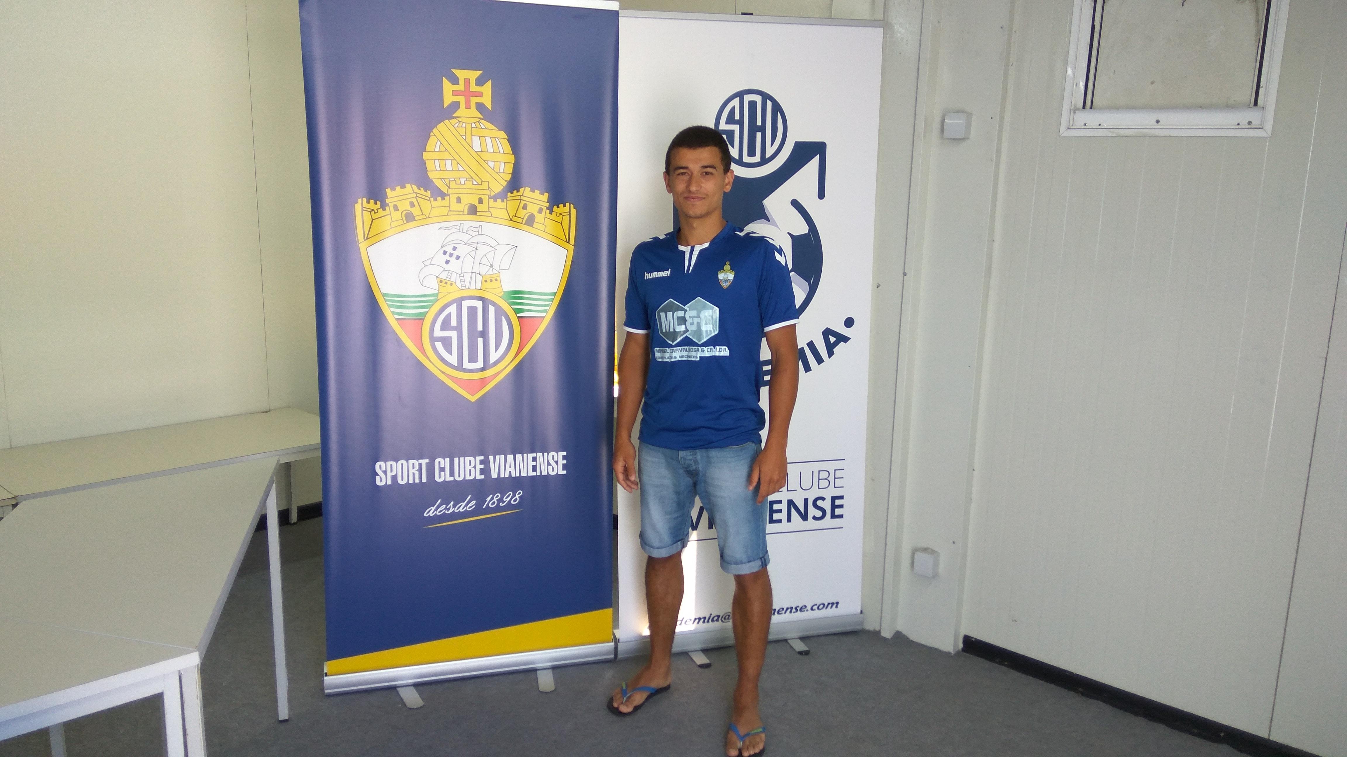 André Brás (ex-Cerveira) é reforço!