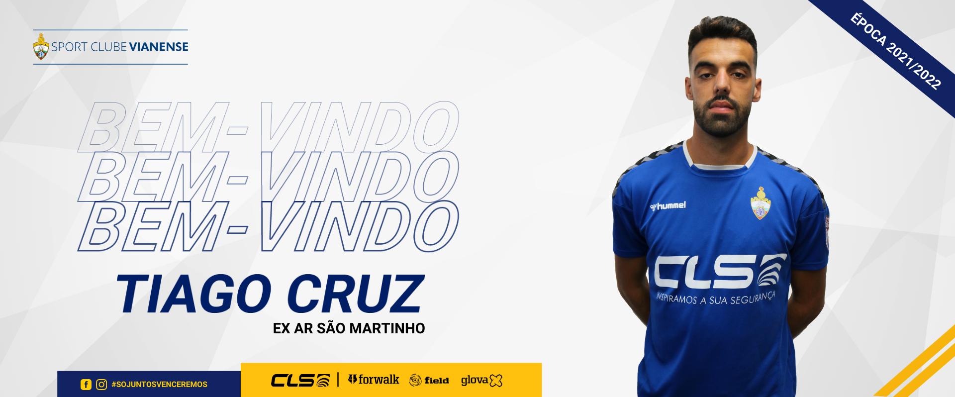 Tiago Cruz é reforço para 2021/2022